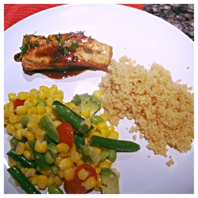Blue Moon Chicken + Quinoa + Veggie Salad